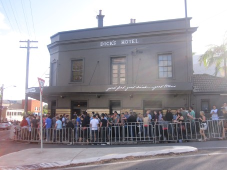 The line outside Dick's Hotel @ Balmain