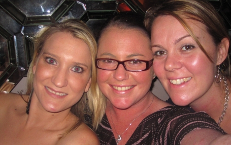 With my fave girls - L to R: PC, moi et BF